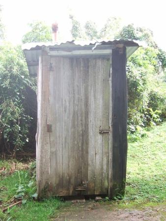 toilettes-anciennes