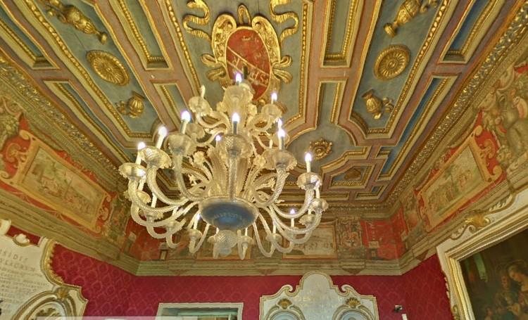 8 plafond