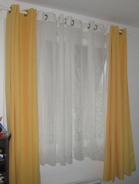rideaux-jaunes